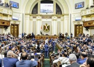 عبد العال يطالب النواب بترك البهو الفرعونى والانضمام للجلسة