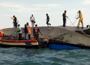 مصرع 40 شخصا في غرق قارب ببحيرة فيكتوريا
