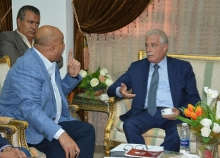 بحث التوسعات في محطات التحلية والصرف الصحي بجنوب سيناء