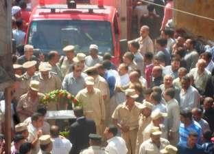 الآلاف من قرية شطانوف بالمنوفية يشيعون أحد شهداء الشرطة في سيناء