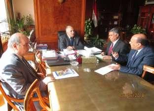 صور| وزير الري يناقش خطة ترشيد المياه في أول يوم لحكومة تسيير الأعمال