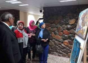 """رئيس """"شرم الشيخ"""" يفتتح معرض """"الطواف"""" للفن التشكيلي بقصر الثقافة"""