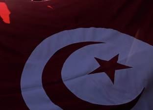 تونس تخطط لتسريح نحو 10 آلاف موظف من القطاع العام المقبل