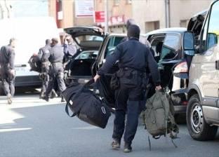 """شرطي فرنسي """"يصارع الموت"""" خلال أزمة الرهائن"""