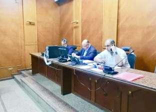 محافظ القاهرة محذرا السائقين: التزموا بأسعار المواصلات المقررة