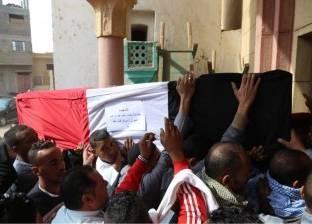 أهالي جزيرة بلي ينتظرون جنازة السيد غنيم شهيد سيناء