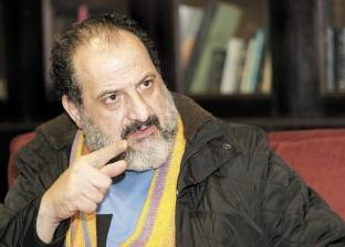 """""""أبيض غامق"""" يجمع خالد الصاوي وطارق لطفي في دراما رمضان المقبل"""
