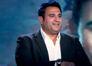 أكرم حسني يتعاقد على فيلمين مع المنتج وليد منصور