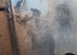 مصرع سيدة وإصابة 4 أشخاص بينهم طفلين في انهيار منزل بالمنيا