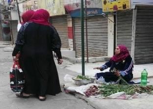 تجار يغيرون أنشطتهم: إيه اللى جاب «الكريب» لـ«الرنجة».. والبصل جنب الفاكهة