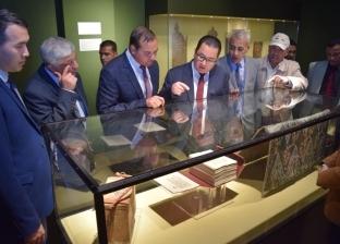سفير كازاخستان يزور متحف آثار سوهاج