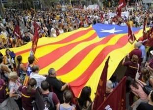 """رئيس الحكومة الإسبانية يدعو """"الأكثرية الصامتة"""" للتصويت لوحدة البلاد"""