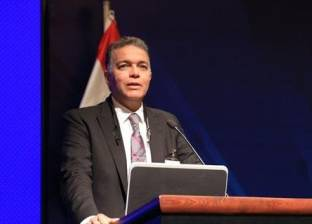 """وزير النقل يشارك في """"القدرة التنافسية للتجارة والخدمات اللوجستية"""""""
