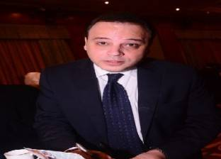 """تامر عبد المنعم: حركات محمد فؤاد صبيانية.. """"ومش هديله الفلوس"""""""