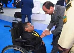 من كرسيه المتحرك.. أحمد زلزل المشاعر في 2017 ويتحدث لشباب العالم 2018