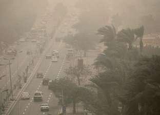 غلق بوغاز مينائي الإسكندرية والدخيلة بسب ارتفاع الأمواج وسرعة الرياح