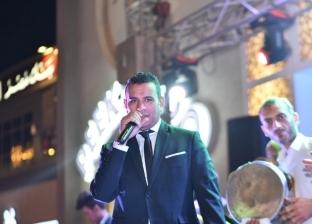 """محمود الليثي يشعل """"خيمة المعداوية"""""""