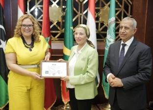 تتويج ملكة جمال العالم للسياحة والبيئة بلقب سفيرة النوايا الحسنة في الإسكندرية