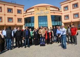 إعلاميون يزورون مستشفى الأورمان لدعم مرضى السرطان في الصعيد