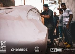 """""""طلاب هندسة القاهرة"""" يبتكرون نموذج """"سيارة كهربية"""" للتنقل داخل المدن"""