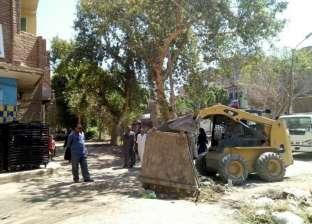 حملات نظافة وتمهيد طرق بمركزي ديرمواس وبني مزار بالمنيا