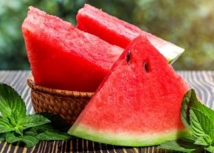 استشاري تغذية تنصح بتناول البطيخ والكنتلوب والكيوي لمواجهة الحر