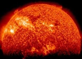 عاصفة شمسية تهدد الأرض غدا