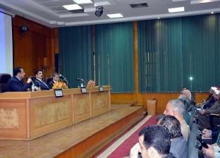 محافظ القليوبية يطالب بتكاتف أجهزة الدولة للقضاء على الزيادة السكانية