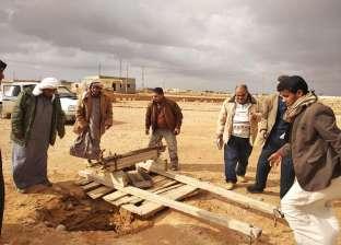 لجنة تنتهي من معاينة مواقع إنشاء آبار مياه أمطار بالنجوع في النجيلة