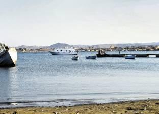 """من ليبيا إلى تونس.. الصيادون المصريون """"مابيحرموش"""" الاقتراب من المياه الإقليمية"""