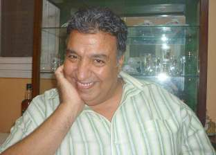 وفاة الفنان عزت إبراهيم بعد صراع مع المرض
