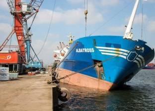 هيئة ميناء دمياط تعلن السيطرة على ميل سفينة بأحد أرصفة الميناء