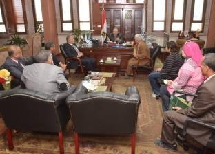 محافظ بنى سويف يبحث توفير متطلبات إنشاء فرع لمكتبة مصر العامة