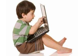أفضل 7 طرق لمراقبة طفلك على شبكة الإنترنت