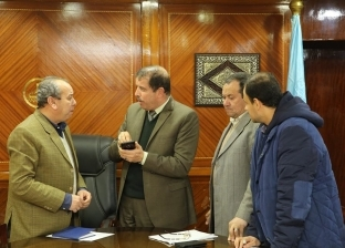 """ضخ 70 ألف أسطوانة بوتاجاز في كفر الشيخ وتركيب 360 عمود كهرباء بـ""""بيلا"""""""