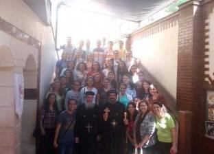 الأسقف العام لكنائس شبرا يفتتح مدرسة لموهوبي الألحان