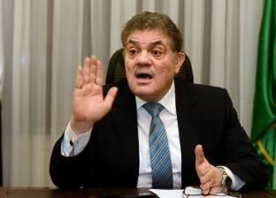 السيد البدوى: «الوفد» يتعرض لـ«فتنة».. وأصحاب المصالح يريدونه «جثة» بشرط أن يظلوا على رأسها.. وسأضع يدى فى يد رئيس الحزب المقبل