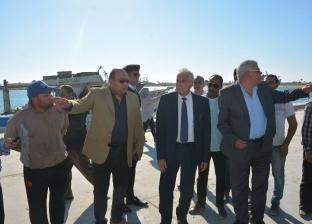 محافظ جنوب سيناء يتفقد الأعمال الإنشائية لتطوير ميناء الطور البحري