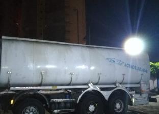 غلق محطة وقود غير مرخصة ومصادرة 4 آلاف لتر مواد بترولية بالبحيرة