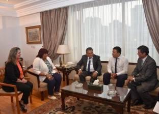 بالصور| وزيرة الثقافة تبحث تعزيز التعاون الثقافي مع سفير أوزبكستان