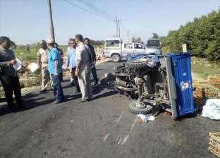 إصابة 8 أشخاص في انقلاب سيارة بمركز أبو حماد