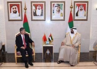 وزير دولة في الإمارات لشؤون الدفاع يلتقي وفدا صينيا
