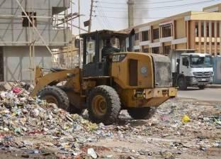 حالة غضب في العريش من تراكم القمامة.. وتحالف من 5 جمعيات أهلية لمواجهة الأزمة