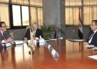 وزير التربية والتعليم يبحث مع سفير فرنسا بالقاهرة تزويد بنك المعرفة بموارد رقمية باللغة الفرنسية