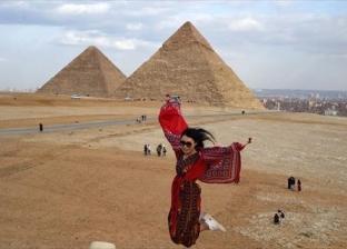 بالصور| في أسبوع.. نجوم عالميون وأحداث مهمة عند سفح الأهرامات