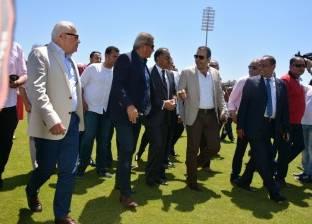 وزير الرياضة ومحافظ بورسعيد يتفقدان الصالة المغطاة بالنادي المصري