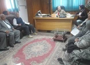 وكيل وزارة الصحة بسوهاج تجتمع مع أطباء مشروع تحسين الخدمات الطبية