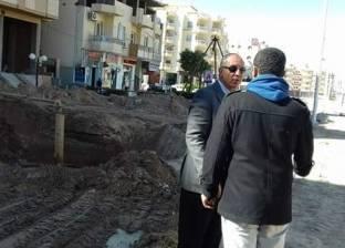 محافظ البحر الأحمر يتابع أعمال رفع كفاءة شبكة المرافق بالكوثر