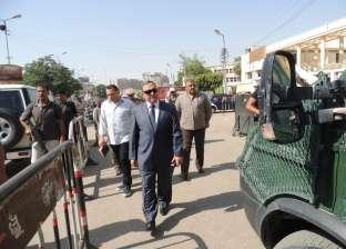 بالصور.. مدير أمن سوهاج الجديد يتفقد التمركزات الأمنية بالميادين