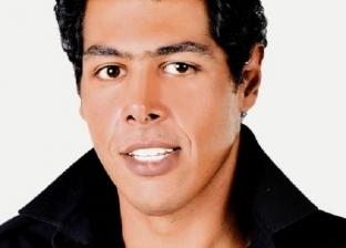 مشادات بين عمر مصطفى متولي والصحفيين في جنازة هيثم أحمد زكي